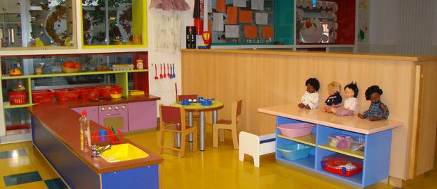 Ayuntamiento de pamplona instalaciones for Dependencias de la escuela