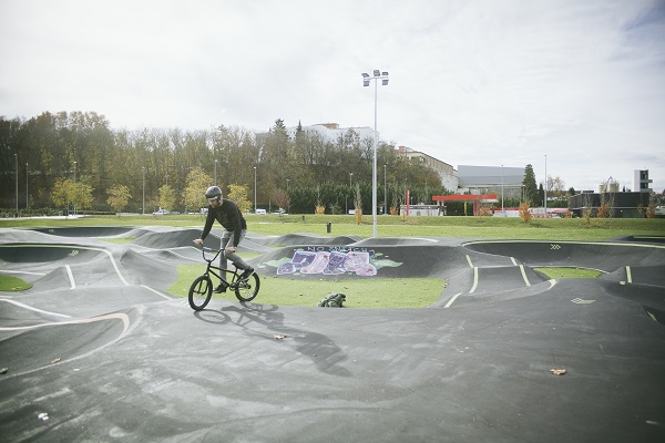 pumptrack1.jpg